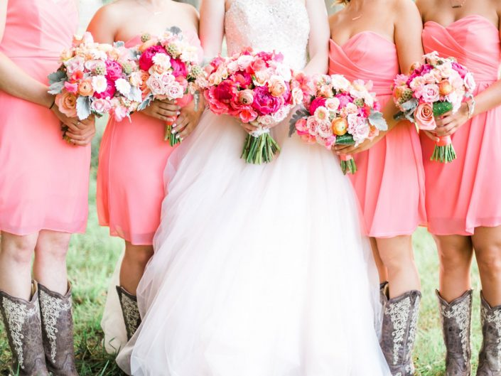 weddings-bouquets-bridal-bridesmaids-boots-barn-coral-peach-blush-peony
