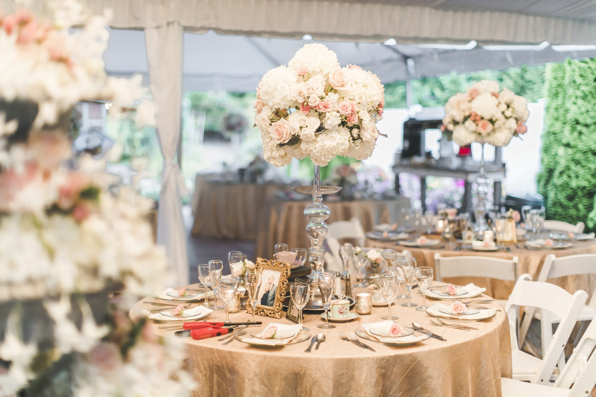 6Seattle-Floral-Design-wedding-reception-centerpiece-glass-candl ...