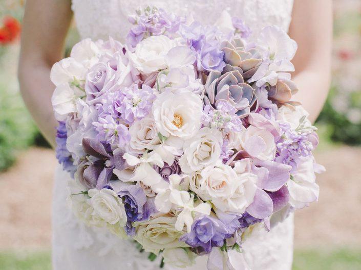 Seattle-Floral-Design-weddings-bouquet-ceremony-centerpiece-champagne-lavender-vintage