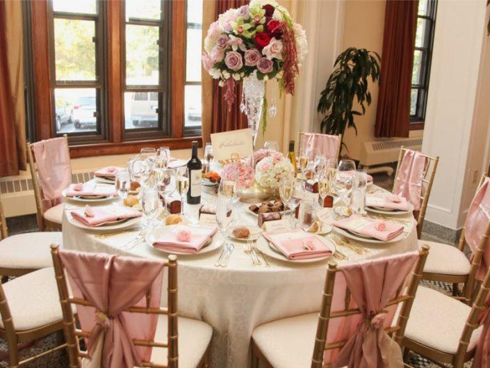 Seattle-Floral-Design-wedding-centerpiece-sweeteheart-table-champange-blush