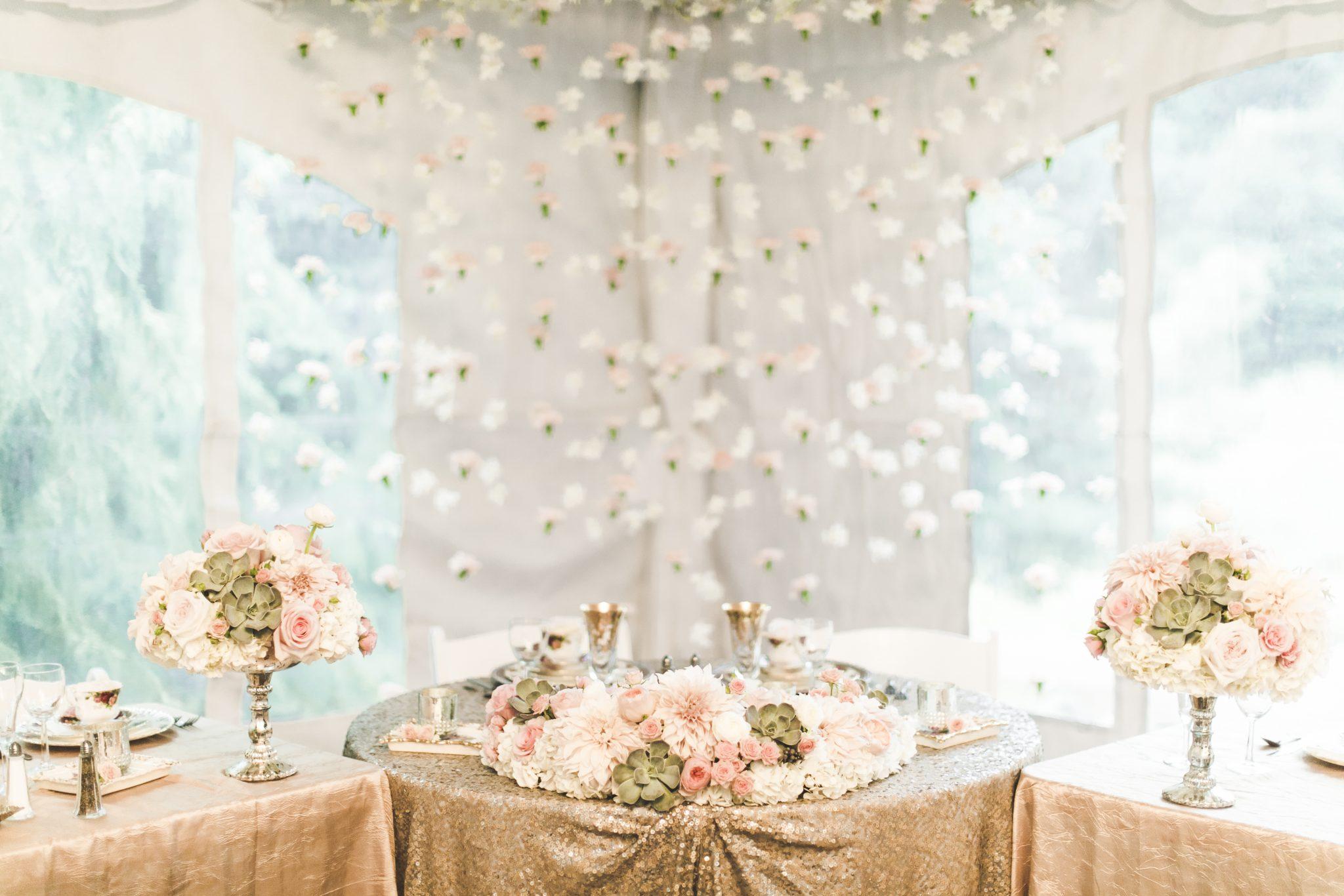 8Seattle-Floral-Design-wedding-centerpiece-vintage-peach-blush ...