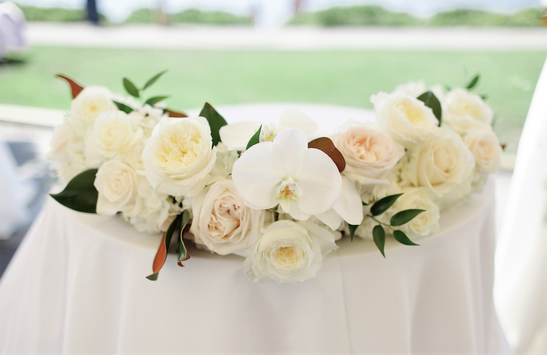 seattle-floral-design-weddings-woodmark-hotel-white-green-luxury ...