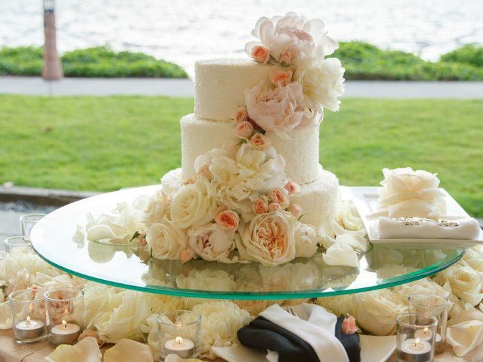 Woodmark Hotel Wedding by Azzura Photography